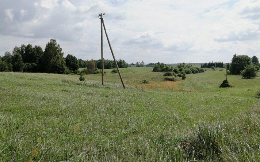 Trakų raj., Ponykščių k. – žemės ūkio sklypas (3.68 Ha)