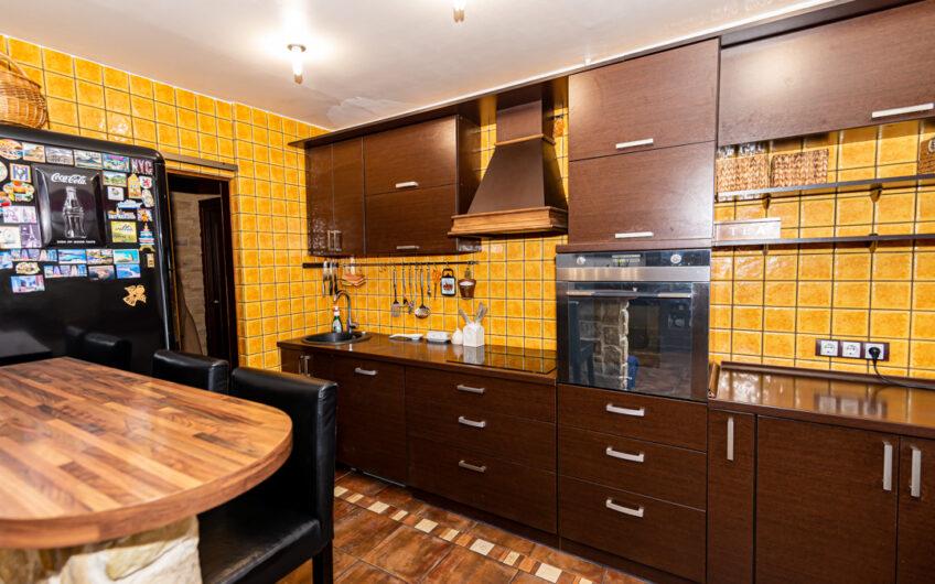 Alytus, Putinai, Žuvinto g. – 3-jų kambarių butas